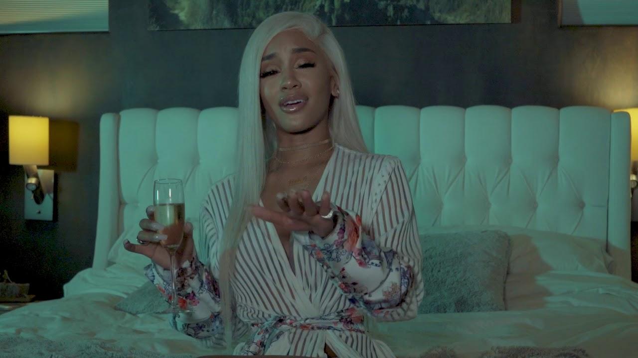_Icy Girl_ Saweetie music video